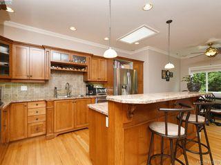 Photo 7: 3574 Promenade Crescent in VICTORIA: Co Latoria Single Family Detached for sale (Colwood)  : MLS®# 415788