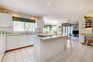 Photo 4: 2325 132 Street in Surrey: Elgin Chantrell House for sale (South Surrey White Rock)  : MLS®# R2448022
