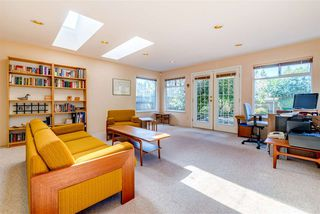 Photo 10: 2325 132 Street in Surrey: Elgin Chantrell House for sale (South Surrey White Rock)  : MLS®# R2448022