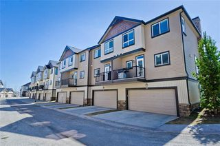Photo 3: 58 KINCORA Heath NW in Calgary: Kincora Row/Townhouse for sale : MLS®# C4303570