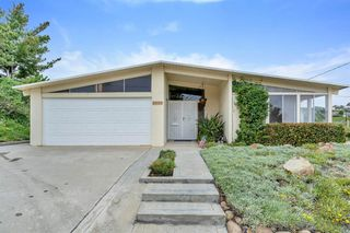 Main Photo: PACIFIC BEACH House for sale : 4 bedrooms : 2522 Loring St in San Diego