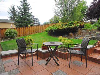 Photo 15: 1011 Gosper Cres in VICTORIA: Es Kinsmen Park House for sale (Esquimalt)  : MLS®# 584592