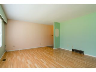 """Photo 5: 3737 196A Street in Langley: Brookswood Langley House for sale in """"Brookswood"""" : MLS®# R2479640"""