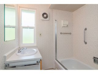 """Photo 17: 3737 196A Street in Langley: Brookswood Langley House for sale in """"Brookswood"""" : MLS®# R2479640"""