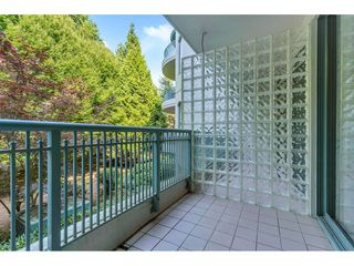 """Photo 16: 204 1765 MARTIN Drive in Surrey: Sunnyside Park Surrey Condo for sale in """"SOUTHWYND"""" (South Surrey White Rock)  : MLS®# R2480960"""