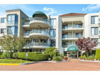 """Photo 21: 204 1765 MARTIN Drive in Surrey: Sunnyside Park Surrey Condo for sale in """"SOUTHWYND"""" (South Surrey White Rock)  : MLS®# R2480960"""