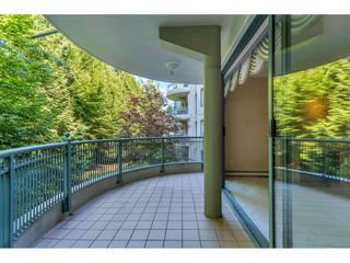 """Photo 9: 204 1765 MARTIN Drive in Surrey: Sunnyside Park Surrey Condo for sale in """"SOUTHWYND"""" (South Surrey White Rock)  : MLS®# R2480960"""