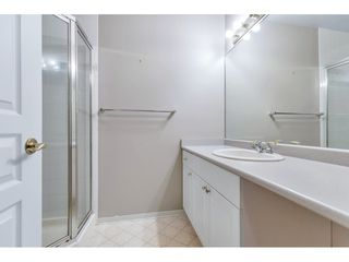 """Photo 10: 204 1765 MARTIN Drive in Surrey: Sunnyside Park Surrey Condo for sale in """"SOUTHWYND"""" (South Surrey White Rock)  : MLS®# R2480960"""