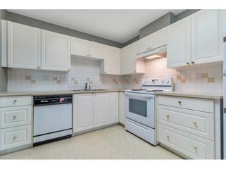 """Photo 23: 204 1765 MARTIN Drive in Surrey: Sunnyside Park Surrey Condo for sale in """"SOUTHWYND"""" (South Surrey White Rock)  : MLS®# R2480960"""