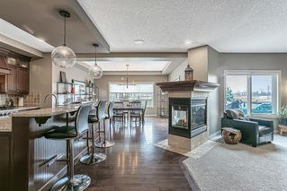 Photo 5: 36 Westpark Crescent SW in Calgary: West Springs Detached for sale : MLS®# A1045075