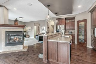 Photo 11: 36 Westpark Crescent SW in Calgary: West Springs Detached for sale : MLS®# A1045075
