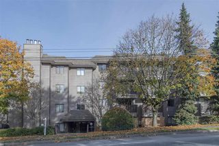 "Main Photo: 308 2215 DUNDAS Street in Vancouver: Hastings Condo for sale in ""Harbour Reach"" (Vancouver East)  : MLS®# R2415424"
