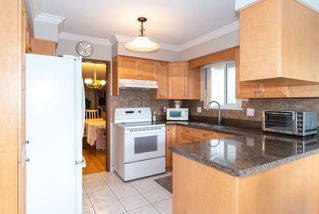 Photo 3: 4105 CAMBRIDGE STREET in Burnaby: Vancouver Heights House for sale (Burnaby North)  : MLS®# R2412305