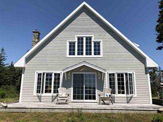 Photo 2: 2525 Main A Dieu Road in Main-À-Dieu: 207-C. B. County Residential for sale (Cape Breton)  : MLS®# 202005663