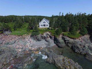 Photo 3: 2525 Main A Dieu Road in Main-À-Dieu: 207-C. B. County Residential for sale (Cape Breton)  : MLS®# 202005663