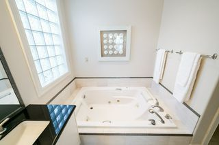 Photo 21: 11 KNIGHTS Court: St. Albert House for sale : MLS®# E4195109