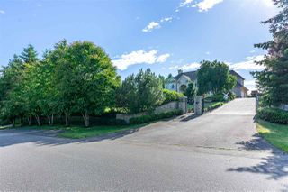 Photo 1: 2175 ORCHARD Drive in Abbotsford: Abbotsford East House for sale : MLS®# R2471132