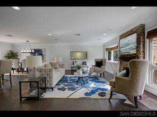 Photo 5: LA JOLLA House for sale : 3 bedrooms : 6246 Calle Veracruz
