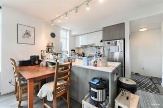 """Photo 6: 2509 6461 TELFORD Avenue in Burnaby: Metrotown Condo for sale in """"Metroplace"""" (Burnaby South)  : MLS®# R2478031"""