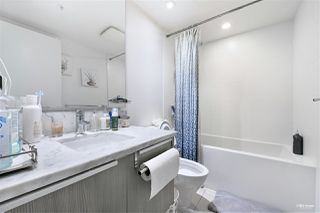 """Photo 12: 2509 6461 TELFORD Avenue in Burnaby: Metrotown Condo for sale in """"Metroplace"""" (Burnaby South)  : MLS®# R2478031"""