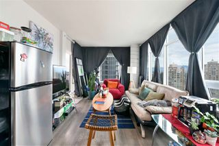 """Photo 4: 2509 6461 TELFORD Avenue in Burnaby: Metrotown Condo for sale in """"Metroplace"""" (Burnaby South)  : MLS®# R2478031"""