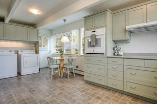 Photo 6: 474 MONTROYAL Boulevard in North Vancouver: Upper Delbrook House for sale : MLS®# R2481315