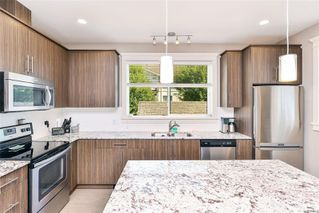 Photo 8: 102 944 DUNFORD Ave in : La Langford Proper Row/Townhouse for sale (Langford)  : MLS®# 850487