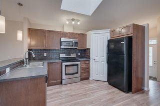 Photo 2: 239 NEW BRIGHTON Landing SE in Calgary: New Brighton Detached for sale : MLS®# A1038610
