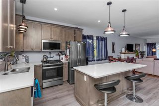 Photo 6: 235 NE Pine St in : Na Old City House for sale (Nanaimo)  : MLS®# 859461