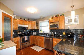 Photo 2: 126 Southwood Road in Morris: R17 Residential for sale : MLS®# 202029638
