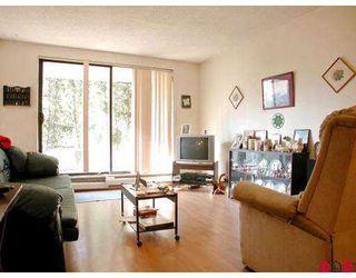 "Photo 3: 112 10644 151A ST in Surrey: Guildford Condo for sale in ""LINCOLN'S HILL"" (North Surrey)  : MLS®# F2503915"