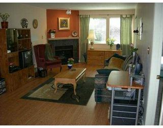 "Photo 2: 106 7465 SANDBORNE AV in Burnaby: South Slope Condo for sale in ""SANDBORNE HILLS"" (Burnaby South)  : MLS®# V610623"