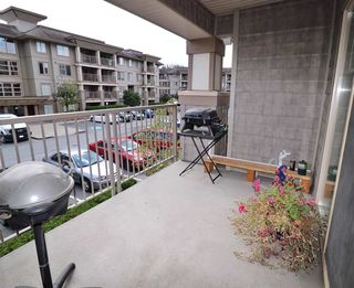 "Photo 1: 216 45567 YALE Road in Chilliwack: Chilliwack W Young-Well Condo for sale in ""THE VIBE"" : MLS®# R2392272"
