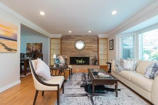 Photo 2: 5314 10A Avenue in Delta: Tsawwassen Central House for sale (Tsawwassen)  : MLS®# R2394977