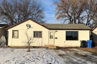 Photo 1: 721 Eva Street in Estevan: Hillside Residential for sale : MLS®# SK797529