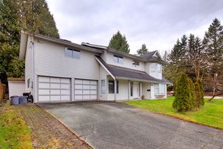 Photo 2: 20802 48 Avenue in Langley: House for sale