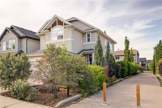 Photo 33: 82 COUGARSTONE Close SW in Calgary: Cougar Ridge Detached for sale : MLS®# C4295852