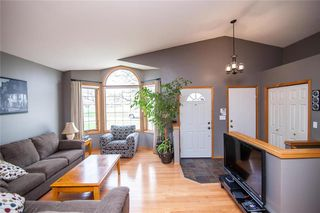 Photo 4: 193 Stradford Street in Winnipeg: Crestview Residential for sale (5H)  : MLS®# 202011070