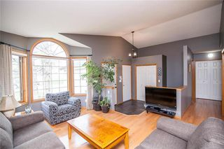 Photo 5: 193 Stradford Street in Winnipeg: Crestview Residential for sale (5H)  : MLS®# 202011070