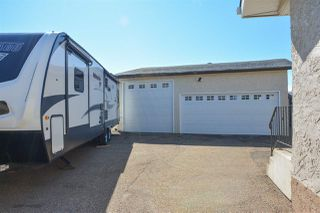 Photo 2: 12019 140 Avenue in Edmonton: Zone 27 House for sale : MLS®# E4202124