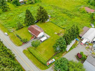 "Photo 3: 18446 92 Avenue in Surrey: Port Kells House for sale in ""Anniedale-Tynehead NCP"" (North Surrey)  : MLS®# R2469976"