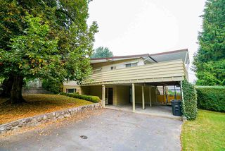 """Photo 2: 3636 DALEBRIGHT Drive in Burnaby: Government Road House for sale in """"Government Road Area"""" (Burnaby North)  : MLS®# R2500214"""