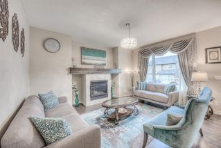 Photo 2: 36 EVANSGLEN Close NW in Calgary: Evanston Semi Detached for sale : MLS®# A1037291