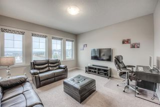 Photo 18: 36 EVANSGLEN Close NW in Calgary: Evanston Semi Detached for sale : MLS®# A1037291