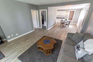 Photo 3: 10517 84 Street in Edmonton: Zone 19 House for sale : MLS®# E4166957