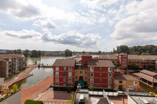"""Photo 19: 407 10 RENAISSANCE Square in New Westminster: Quay Condo for sale in """"Murano Lofts"""" : MLS®# R2403996"""