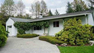 Photo 2: 41560 GRANT Road: Brackendale House for sale (Squamish)  : MLS®# R2410712