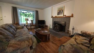 Photo 3: 41560 GRANT Road: Brackendale House for sale (Squamish)  : MLS®# R2410712