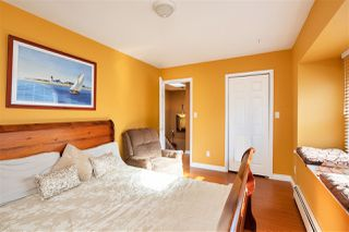 Photo 15: 5009 MANOR Street in Burnaby: Central BN House 1/2 Duplex for sale (Burnaby North)  : MLS®# R2421856