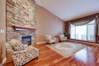 Photo 5: 813 MASSEY Landing in Edmonton: Zone 14 House Half Duplex for sale : MLS®# E4185545